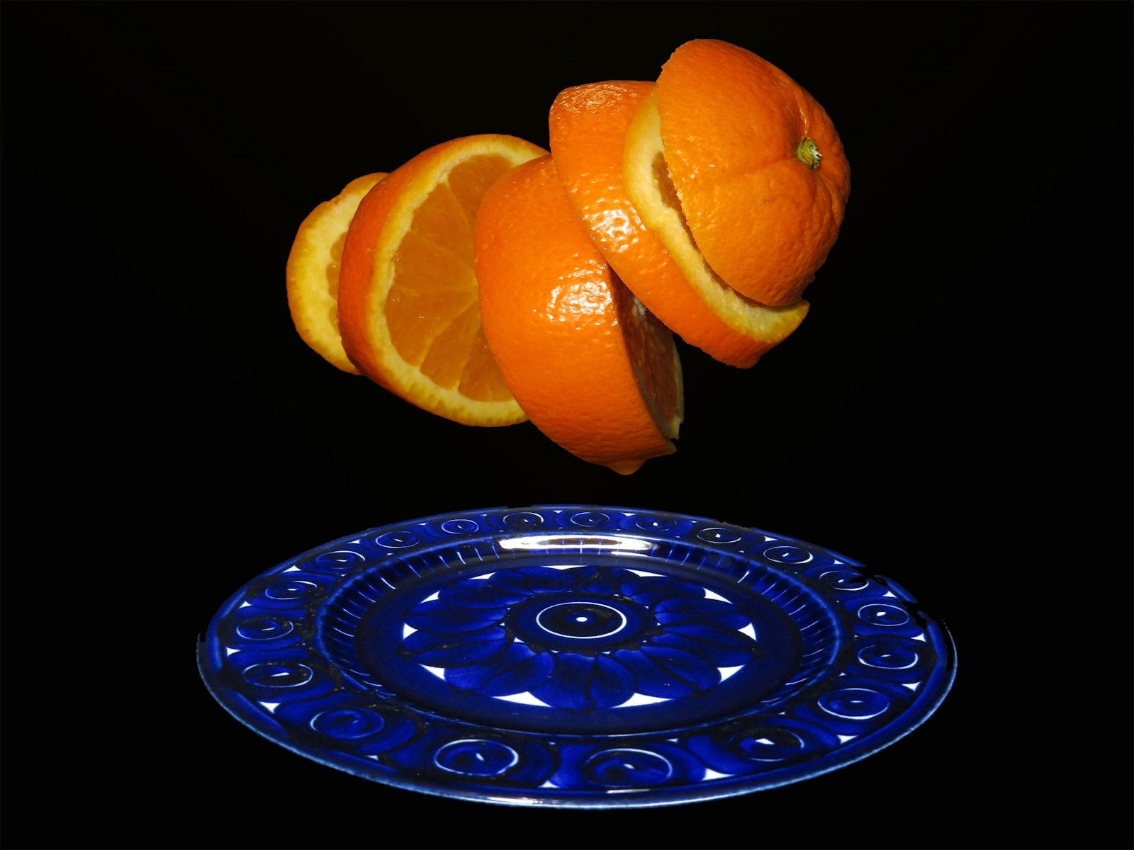 'Blue Plate with Orange slices' (CB 1 Place) by Eric Aker - SC