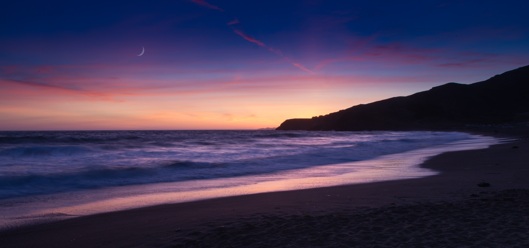 'Rodeo Beach Sunset' (PB 1 Place) by Dana Christensen - MR