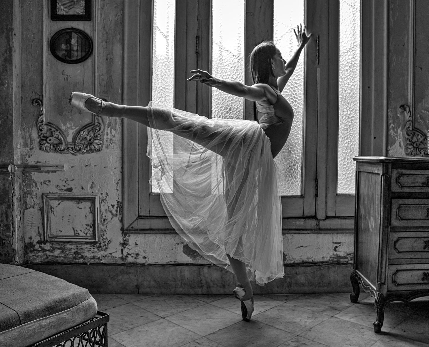 Cuban-Ballet-Dancer-MB-1-Place-by-Roberta-Claire-Lasota-MR