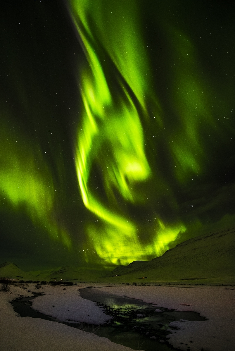 Extravagant-display-driving-along-the-northeastern-region-of-Iceland.-TA-1-Place-by-Debbie-Bergvall-CC