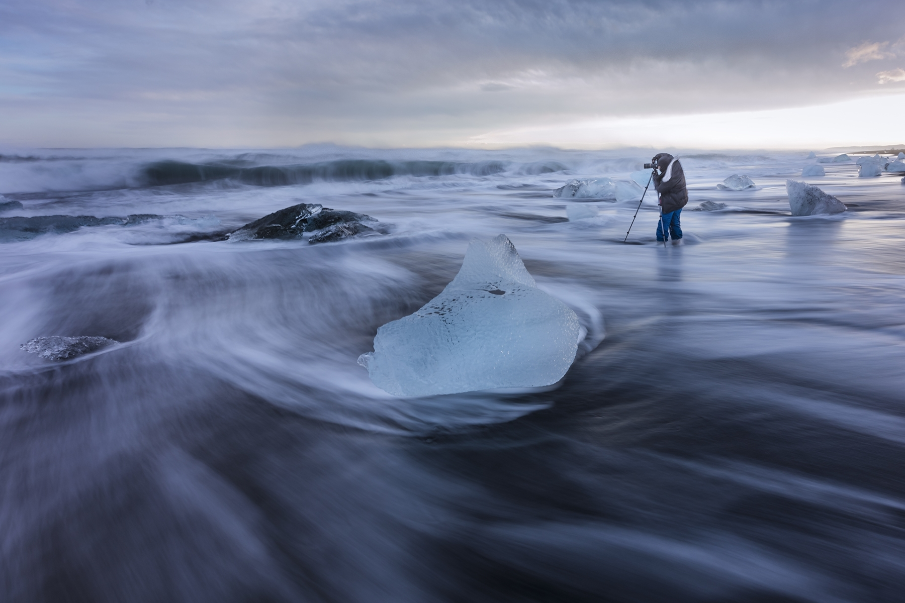 Diamond-Beach-Photography-Iceland-TA-1-Place-by-Louis-Cheng-AL