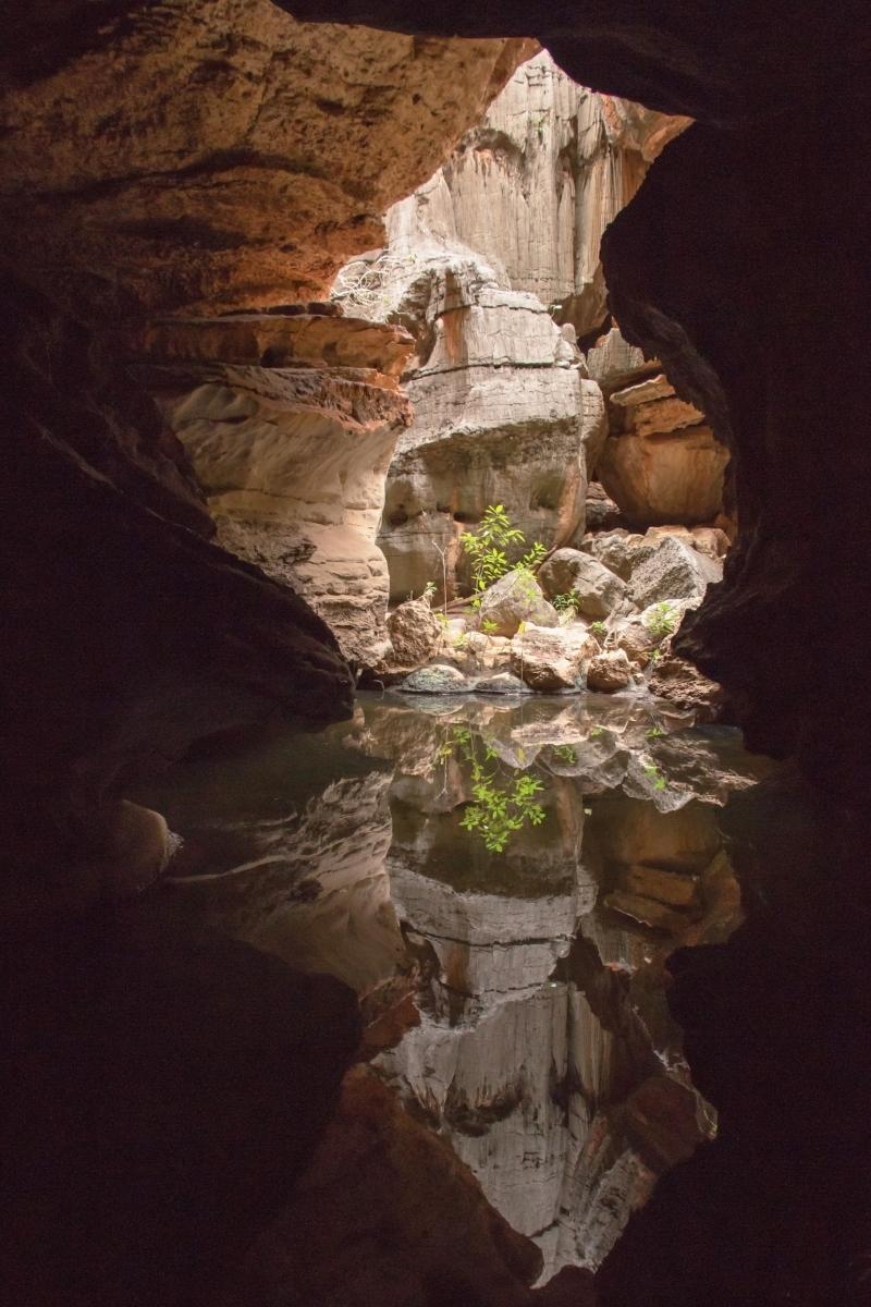 Mimbi-Caves-Western-Australia-PB-1-Place-by-Eric-Hsu-AL
