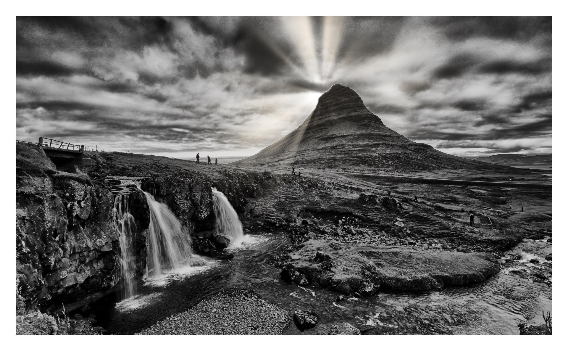 sun-beams-behind-Kirkjufell-mountain-in-Iceland-MI-1-Place-by-Sree-Alavattam-PE