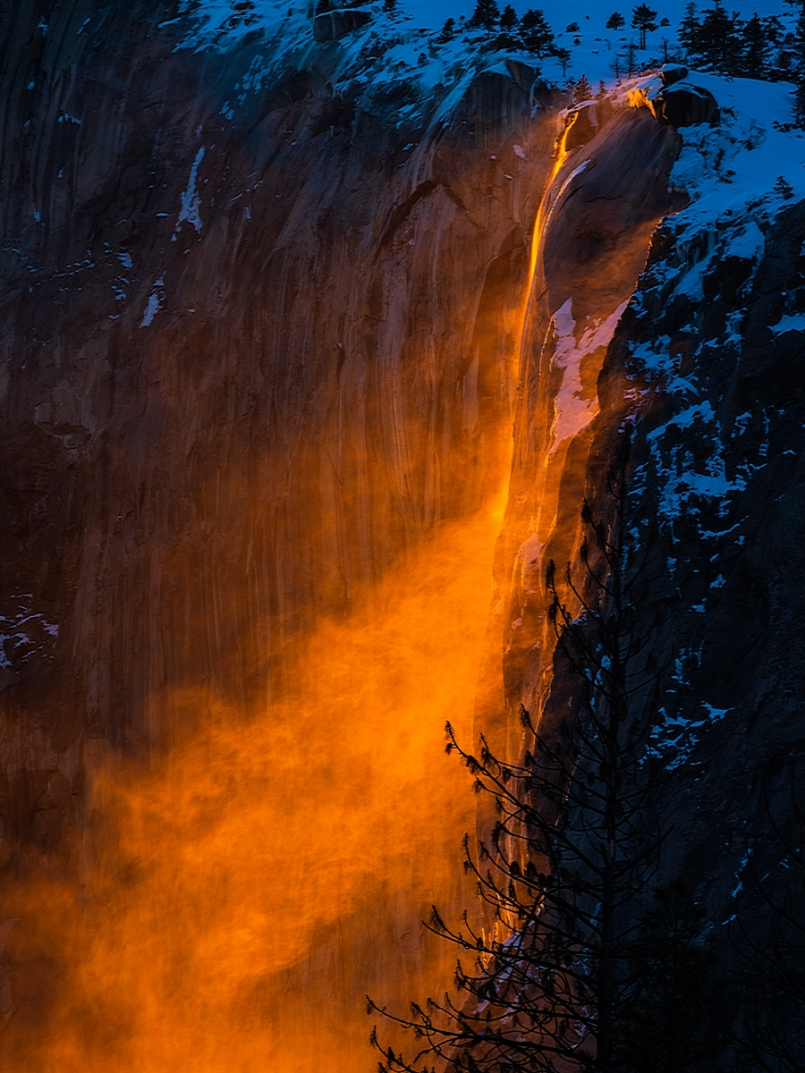Gusty-Firefall-PA-1-Place-by-Aaron-Chen-SC