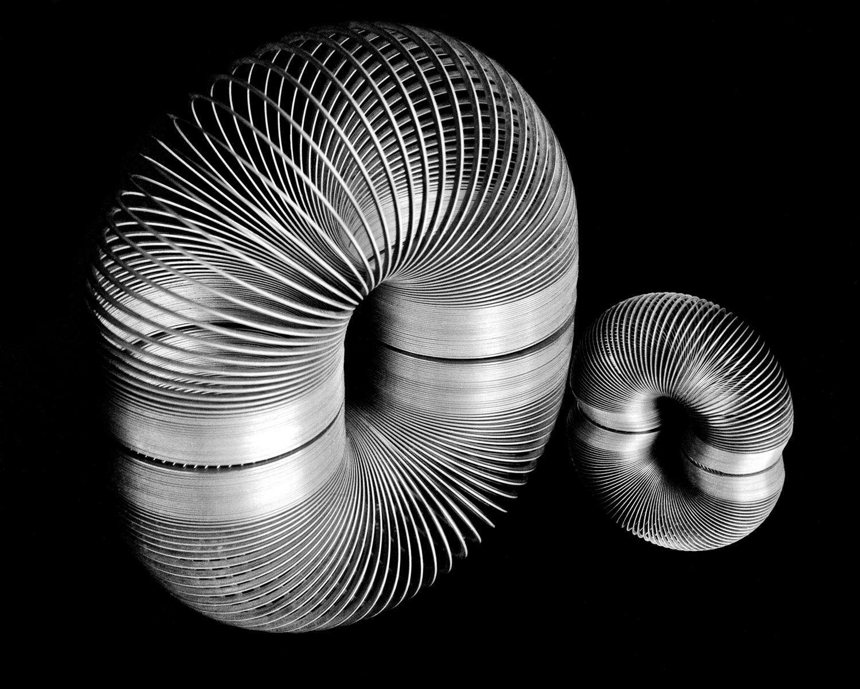 Slinkies-on-Mirror-MM-1-Place-by-Doug-Kaye-MR