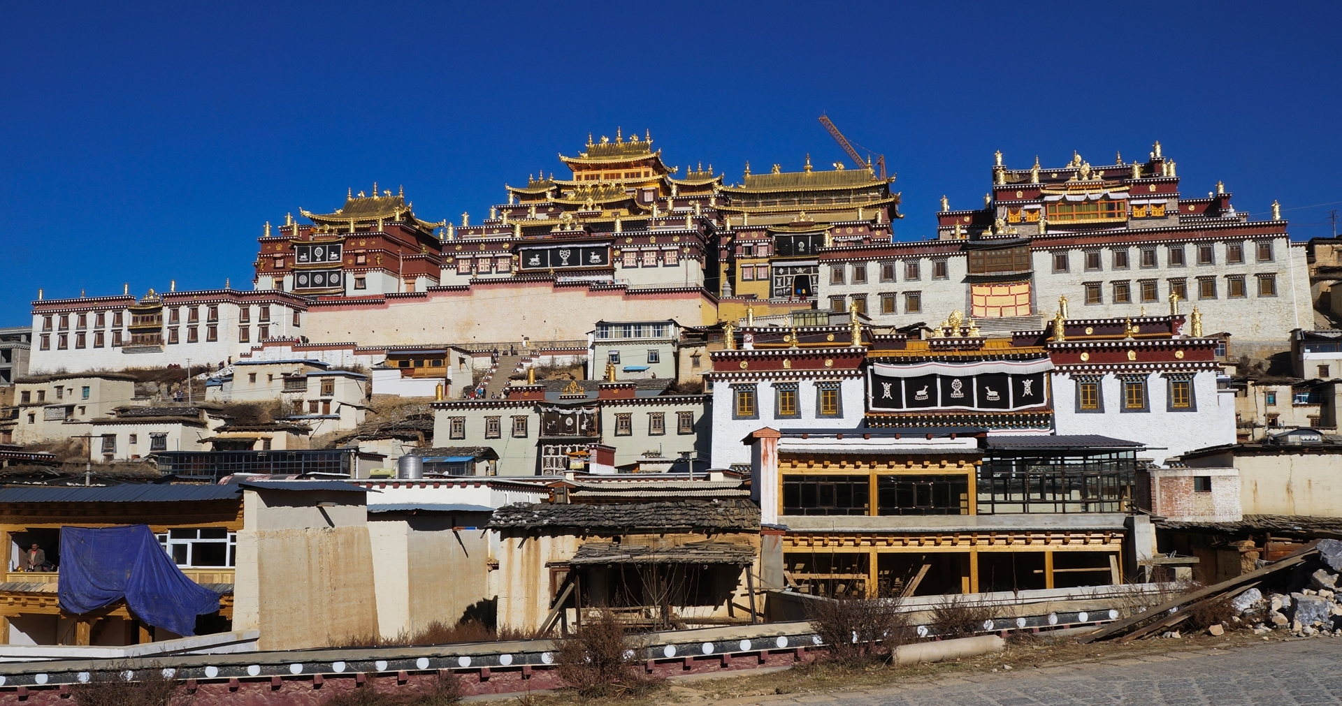 Ganden-Sumtsenling-Monastery-built-in-1679-is-the-largest-Tibetan-Buddhist-monastery-in-Yunnan-Province-China.-TB-1-Place-by-Daisy-King-SC